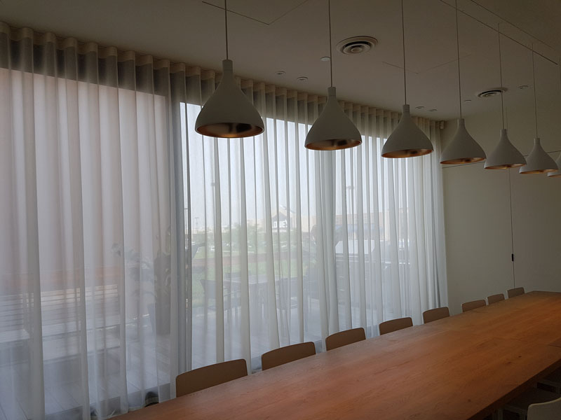 The Impact Quality Commercial Drapes Can Have on Your Business